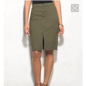 H&M's olive green jean skirt